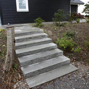 trappetrin i grå sandsten 1,5 m