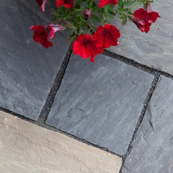 Dark sandstone lithos mix